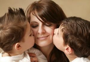 Phrases pour maman De jolis mots et belles phrases pour ma m C3 A8re 300x208 Phrases pour maman   Des jolis mots et belles phrases pour ma mère