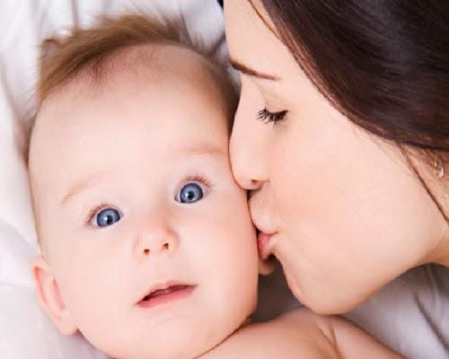 Po C3 A8mes de maman pour son b C3 A9b C3 A9 7 Poèmes de maman pour son bébé